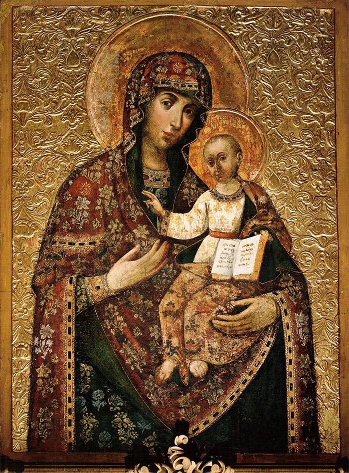 Пред иконой Пресвятой Богородицы Черниговская Ильинская