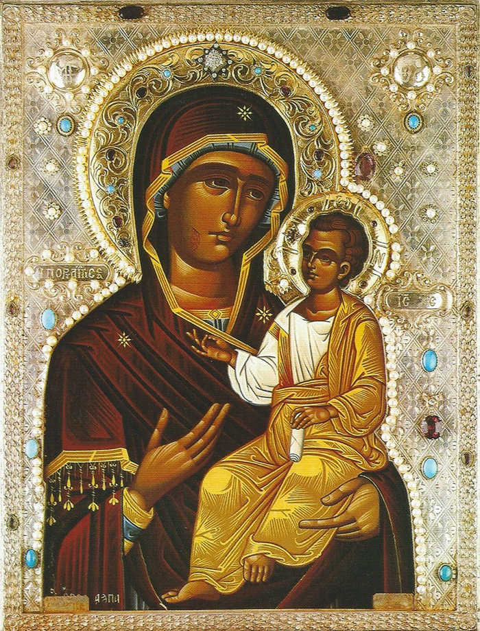 Пред иконой Пресвятой Богородицы Иверская Монреальская