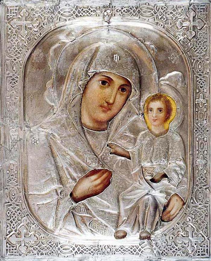 Пред иконой Пресвятой Богородицы Любечская